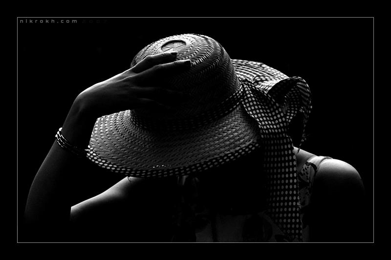 کوچه ام آفتابی که نیست هیچ مهتابی هم نیست و شاید اصلاً کوچه نیست - به روز رسانی :  7:56 ع 87/10/9 عنوان آخرین نوشته : عرب عامری و شعر نو